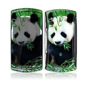 Sony Ericsson Xperia Play Decal Skin   Panda Bear