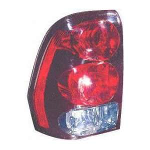 02 05 CHEVY CHEVROLET TRAILBLAZER TAIL LIGHT LH (DRIVER