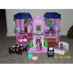 Fisher Price Sweet Streets Townhouse 2001 Toys & Games