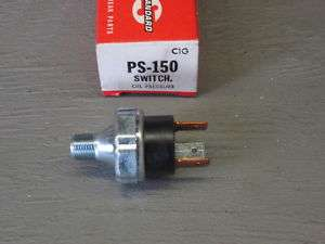 Standard Motor Products PS150 Oil Switch With Light