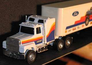 FORD BIGFOOT TRACTOR TRAILER VERY RARE 1/64 ERTL PROMO MINT